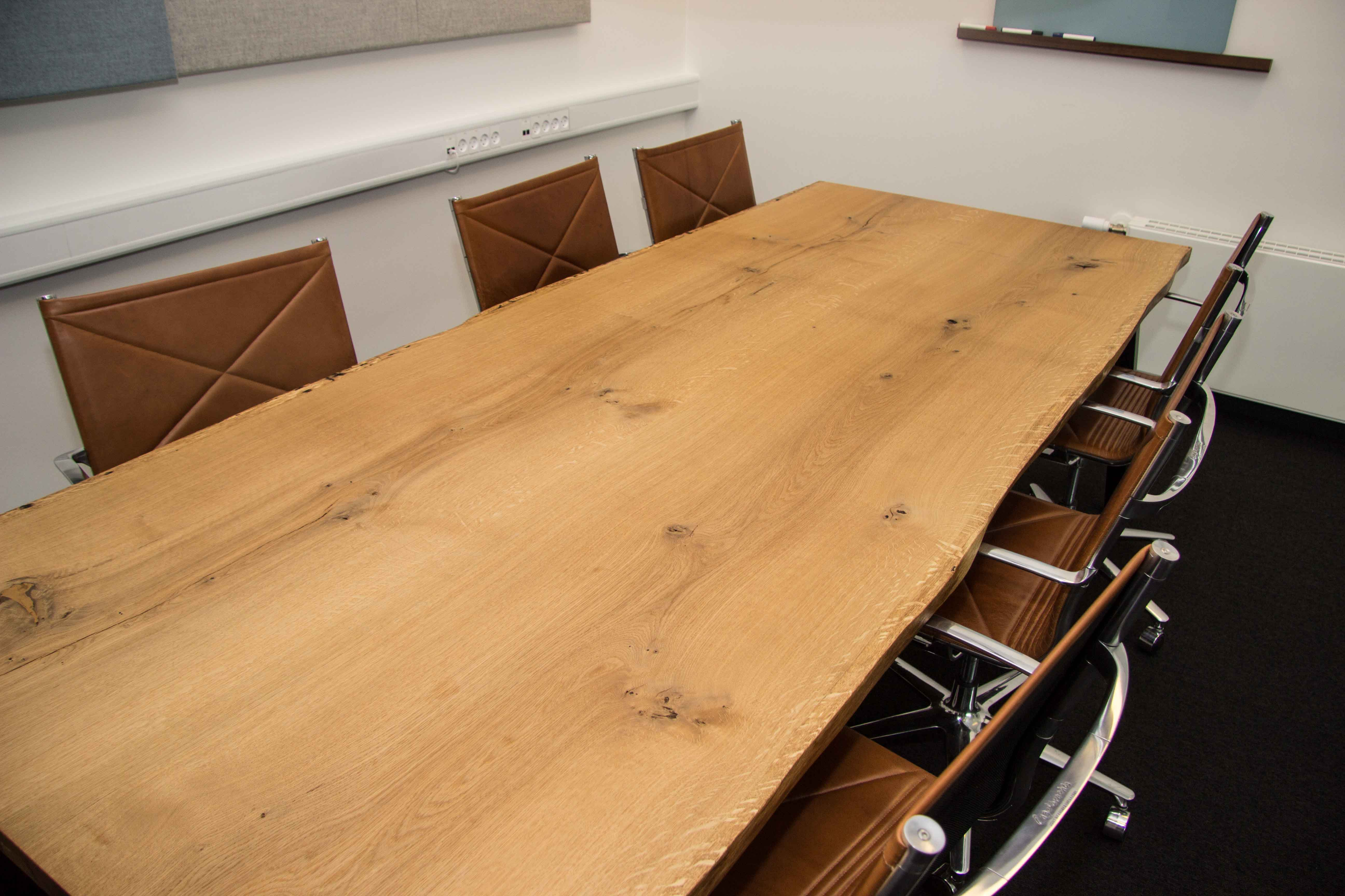 mødebord konferrencebord