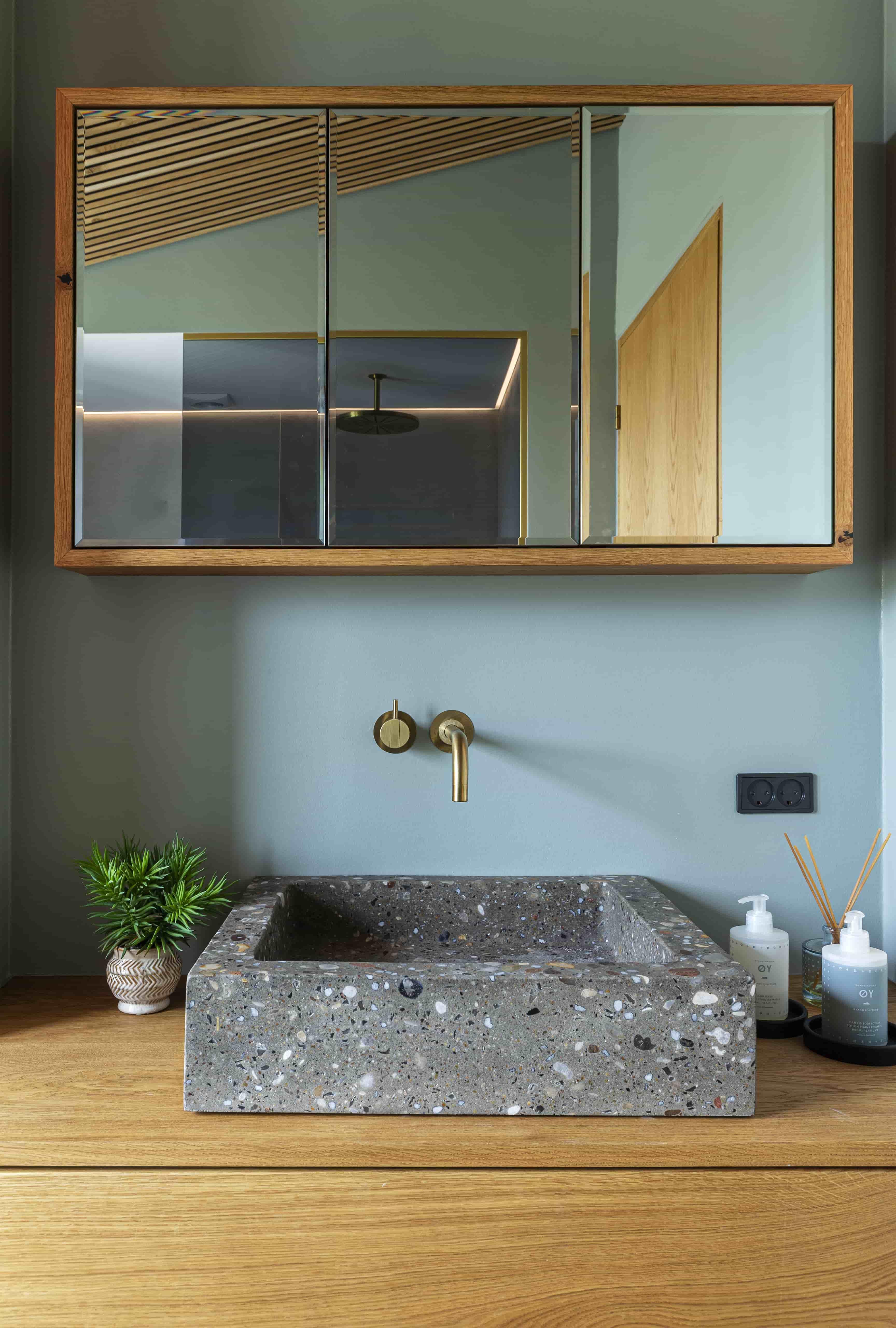 badeværelsesmøbel snedker