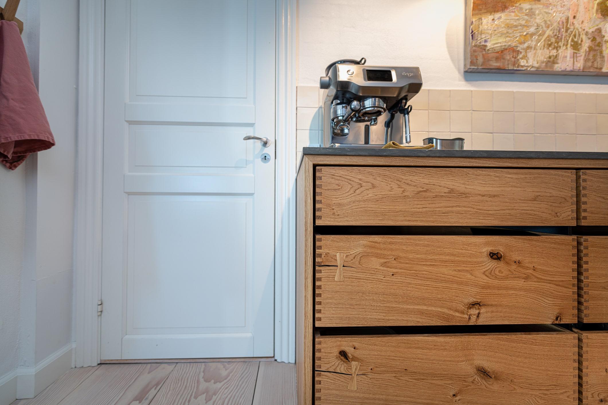 kaffemaskine snedkerkøkken